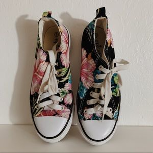 Summer Converse Style Shoes